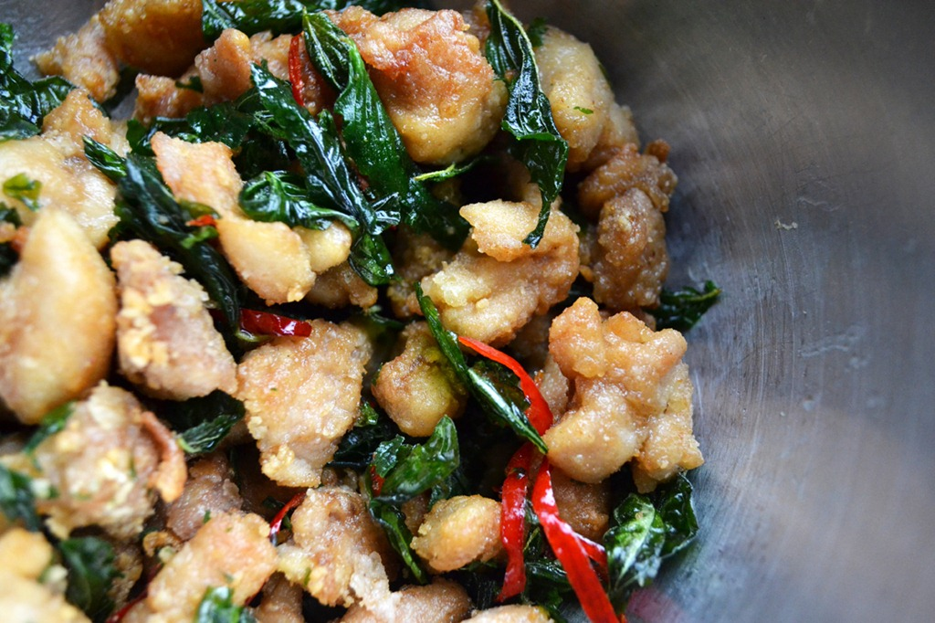 Popcorn Chicken with Basil and Sage leaves